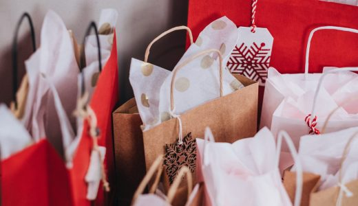 レジ袋は白色や透明だけじゃない。プレゼントやイベントで使える可愛いレジ袋をご紹介